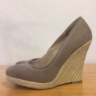 Wedge Heel Size 9