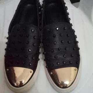 Sepatu Fashion Modis Like Christian Louboutin