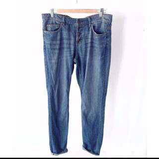 H&M loose fitted boyfriend jeans
