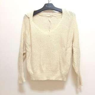 二手 米白色 短版 飛鼠袖 毛衣