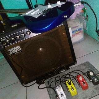 Ibanez GRG Electric Guitar, Zoom Aiden Amplier, Mooer (Cruncher, Flex, Reecho & Shimverb) +freebies
