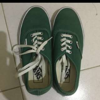 VANS AUTHENTIC SIZE 37.5