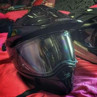 Shoei Hornet X2: A Dual Sport Helmet (M)