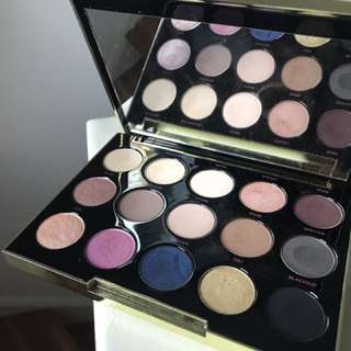 Urban Decay Limited Edition Gwen Stefani Eyeshadow Palette