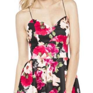 medium suzy shier spaghetti strap floral dress