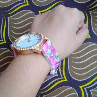 Femme Floral Strap Watch