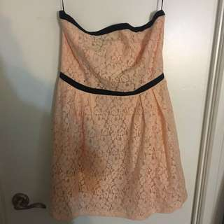 Peach Colored Dress With Black Outlines