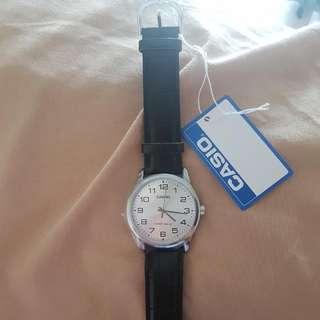 Casio Enticer Men Black Leather Strap Watch