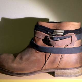 Wittner Ankle Boots Size 39
