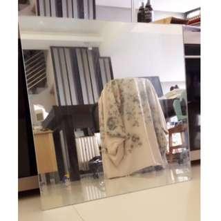 62cm x 62cm Square Mirror