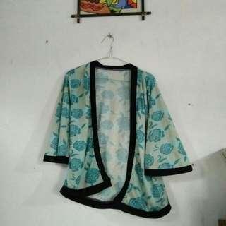 Baju Kimono Bunga