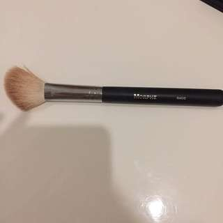 Morphe Contour Brush M405