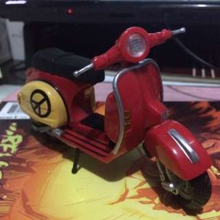 Vespa Scooter Generic Brand Plastic And Die Cast Parts