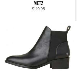 windsor smith METZ size 6