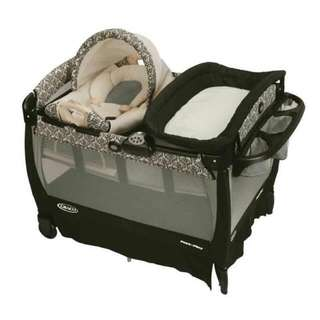 I'm looking For Graco Crib Like This Model Pls Message Me Asap