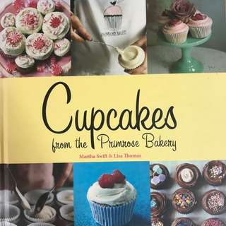 Cupcakes By Martha Swift & Lisa Thomas