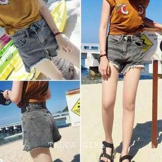 鐵灰色牛仔短褲