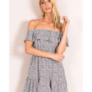 Dissh - Off Shoulder Dress -size 6