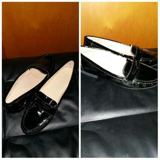 Womens Black Patent loafers