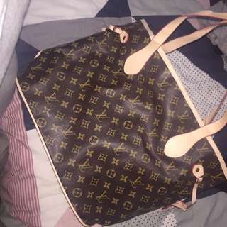 Replica Louis Vuitton Bag