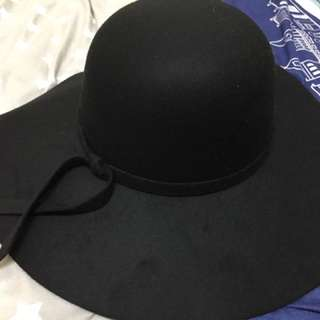 毛呢帽(黑紅兩色)