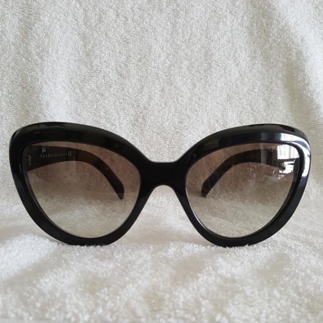 997114be07a2 ... coupon code authentic prada black cat eye sunglasses womens fashion  7db10 5969d
