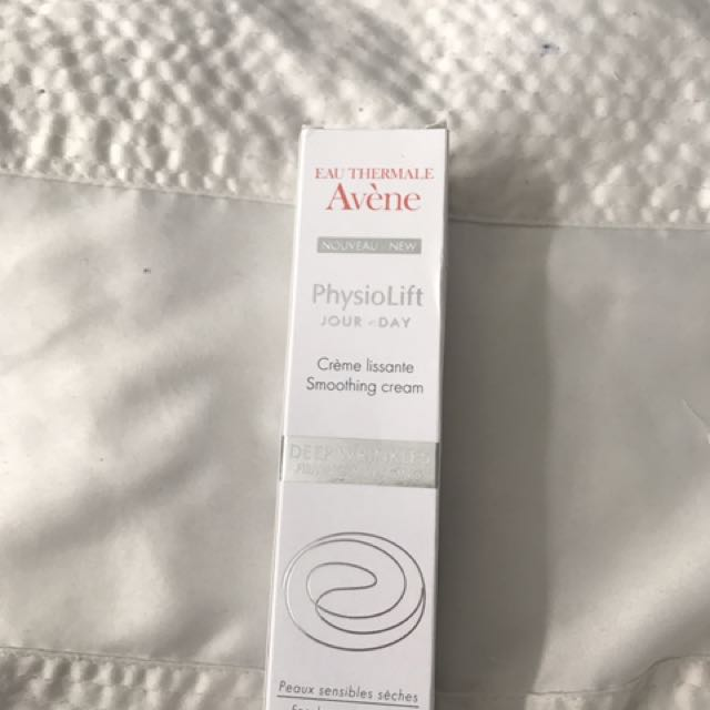 Avene Physiolift Deep Wrinkles Firming Anit-aging