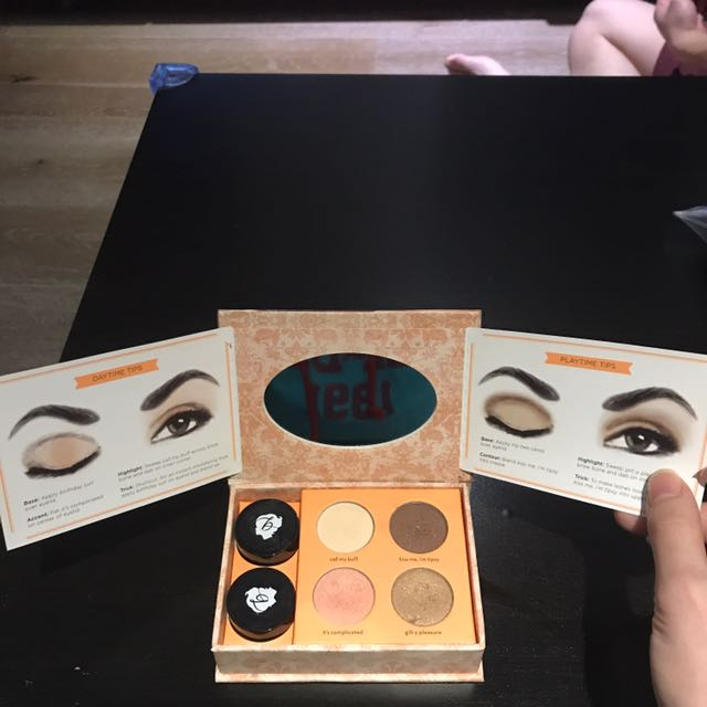 Benefit Neutral Eyeshadow Kit