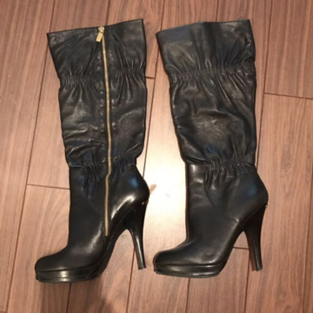 Black leather side-zip mid-high heeled boots Michael kors size 9