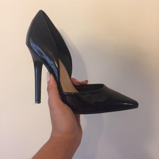 Black Pumps Size 5.5 (justfab)