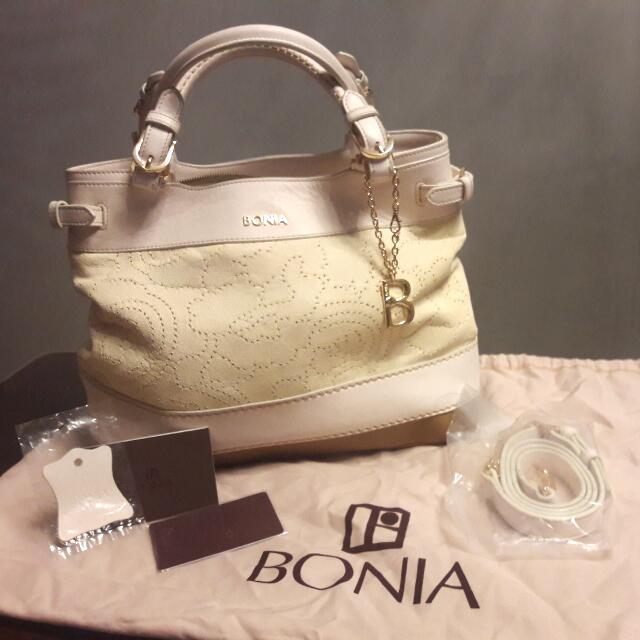 BONIA (LIMITED EDITION)