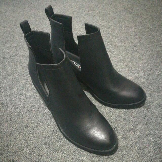 Boots From Cotton On