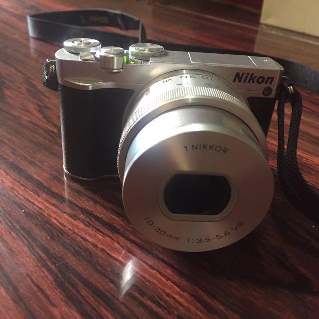 Camera Nikon 1 J5