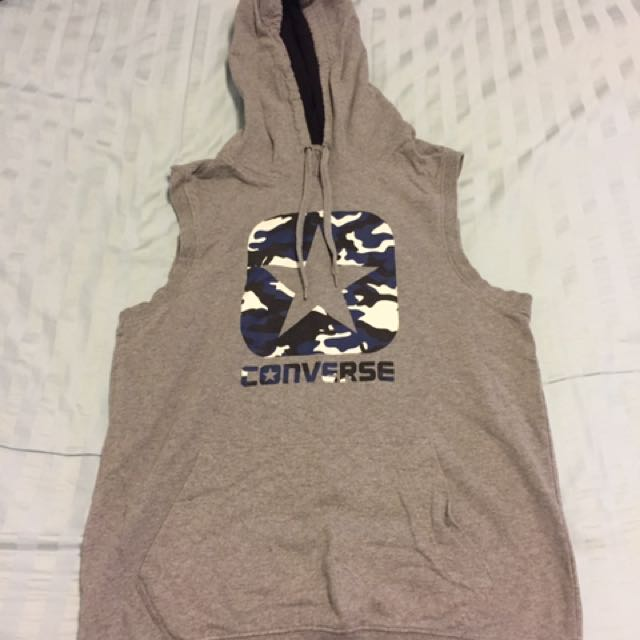 Converse sleeveless jumper (s)