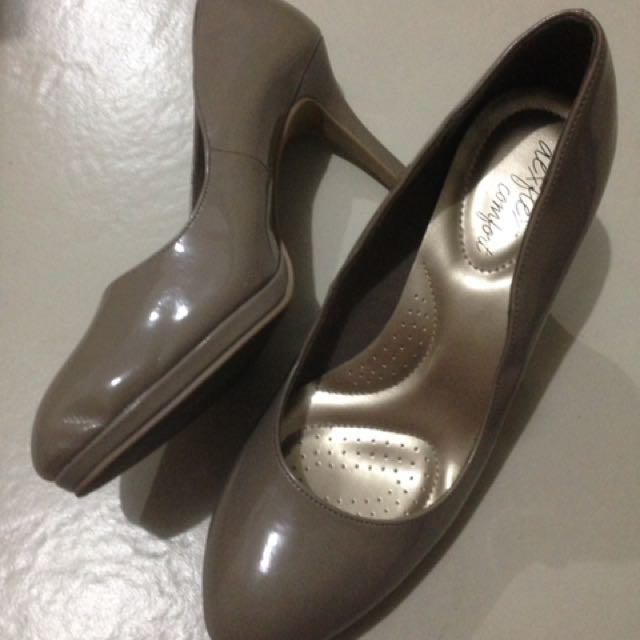 *Markdown SALE* Deflex Comfort 3-inch Heels (Payless)