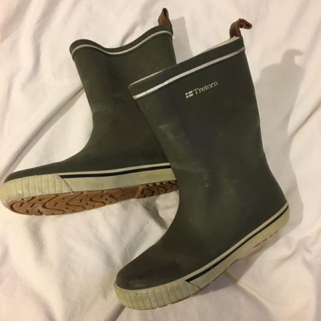 Green Rain Booties