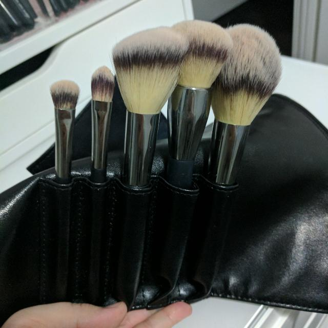 IT Cosmetics Heavenly Luxe Must Have Brush Set