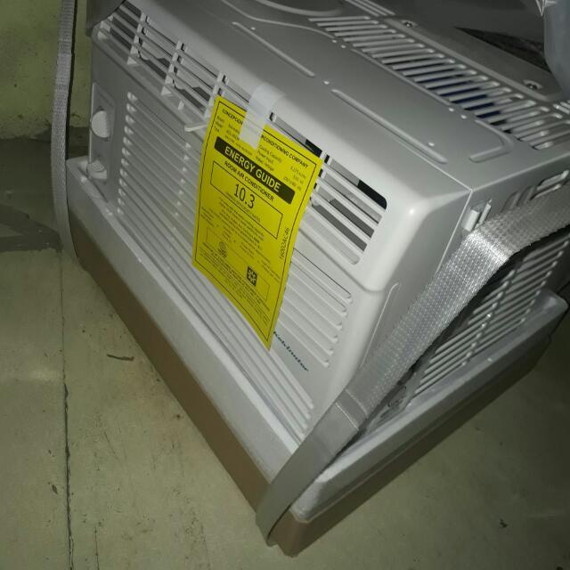 Kelvinator Aircon 0.5 Hp