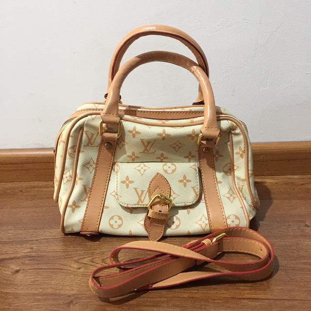 LV Bag (not Original)