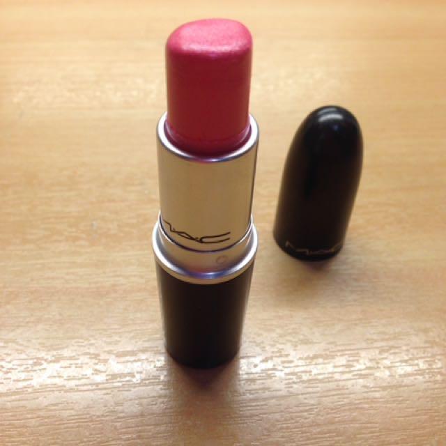 """MAC Lipstick In """"Pink Pearl Pop"""""""