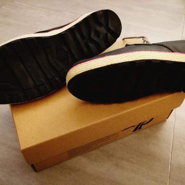 Palladium磨沙真皮鞋