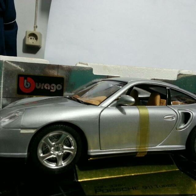 Die Cast Mobil Porsche 911 carerra Porsche 911 turbo (silver)