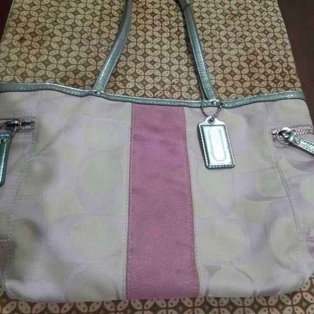 Preloved Coach Totebag (85% Condition)