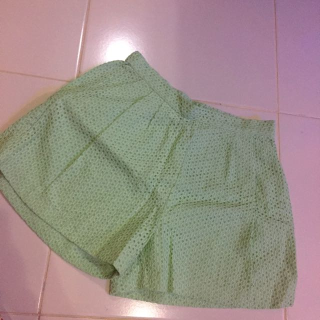 Stradivarius Short Green