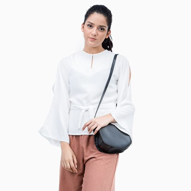 Tripp Tied Blouse