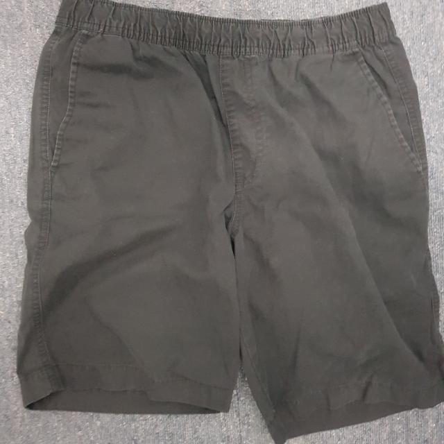 Uniqlo Easy Shorts (Black-small)