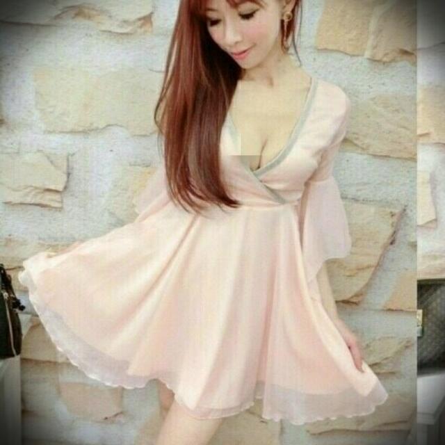 荷葉V領短洋裝(全新粉色)
