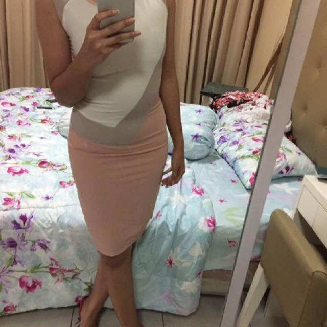 White pink dusty dress