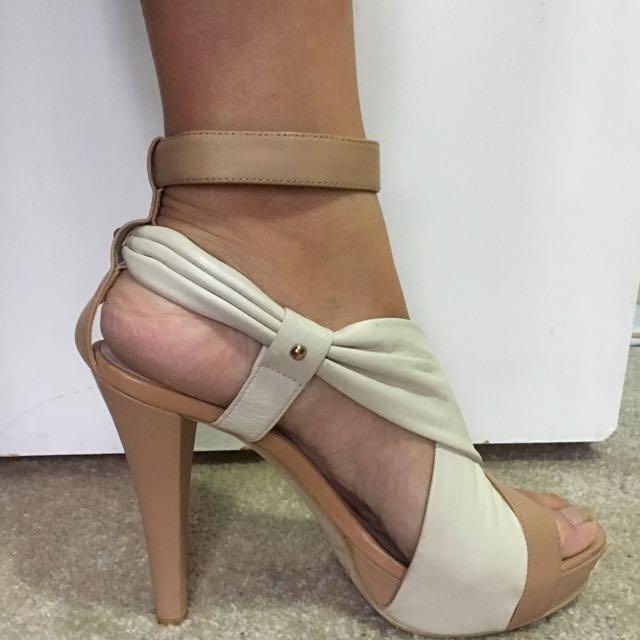 Zoe Wittner Heels - Size 9