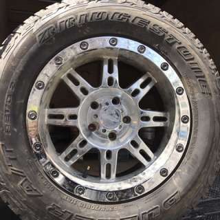 4 18' Bridgestone Tires : Suitable For Jeeps